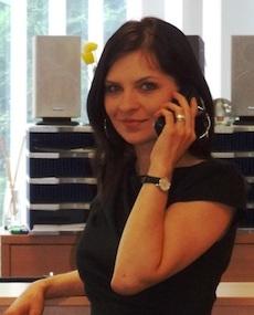 Anna Dreimann - Ansprechpartnerin für internationale Anfragen